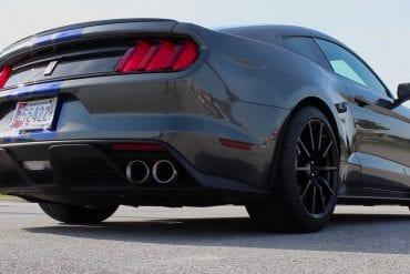 Video: 2016 Ford Mustang Shelby GT350 Full Review