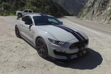 Video: 2016 Ford Mustang Shelby GT350R - One Take