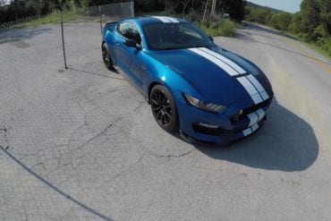 Video: 2017 Ford Mustang Shelby GT350 POV Drive