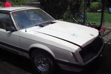Video: 1981 Ford Mustang Ghia Exhaust Sound