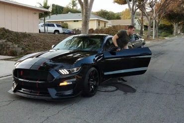 Video: 2018 Ford Mustang Shelby GT350R Delivery (A Dream Comes True)