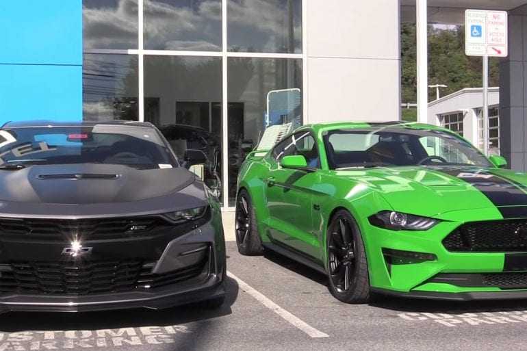 Video: Differences Between The 2019 Mustang GT & 2019 Camaro SS