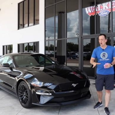 Video: What Does The 2019 Ford Mustang GT Have For The First Time Ever?