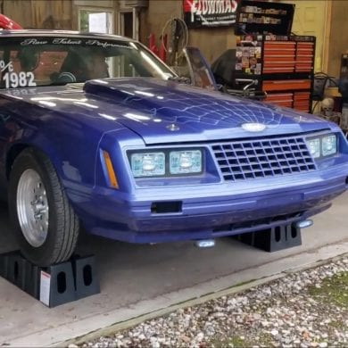 Video: 1982 Ford Mustang With 840+ Horsepower Engine Sound