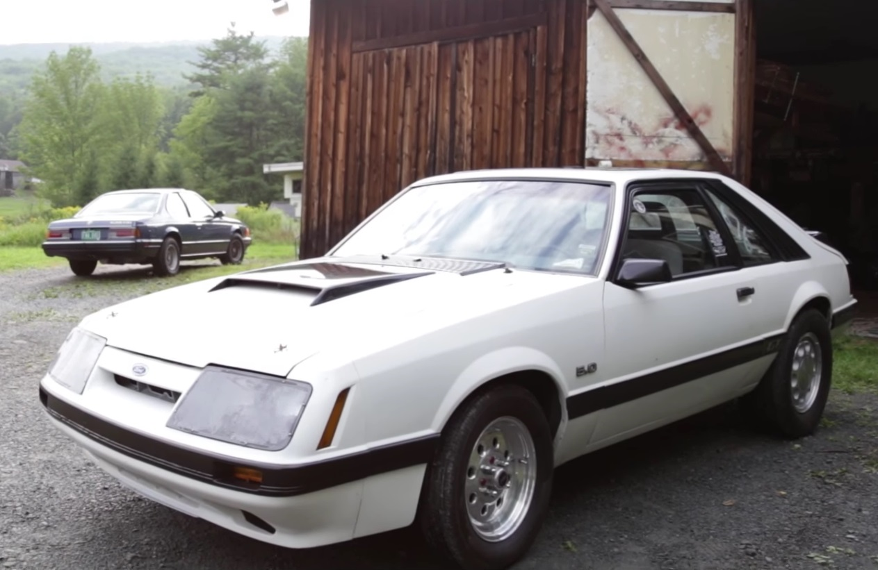 Video: This 1985 Ford Mustang GT 5.0 Is A Drag Racer