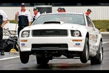 Video: 2010 Ford Mustang Cobra Jet Insane Acceleration
