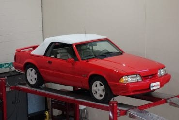 """Video: 1992 Ford Mustang """"Summer Special"""" LX 5.0L Convertibles Test Drive"""