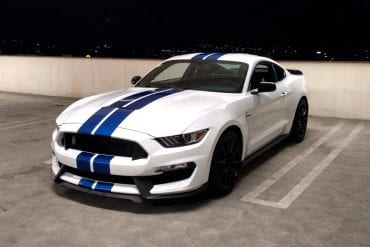 Video: 2018 Ford Shelby GT350 (6MT) - POV Night Drive