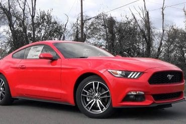 Video: 2017 Ford Mustang EcoBoost Review