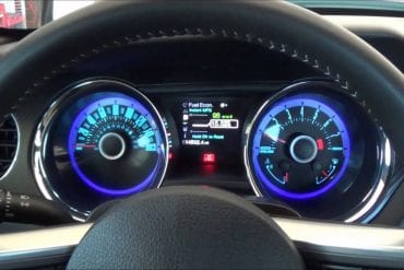 Video: 2013 Ford Mustang GT California Special Interior Quick Look