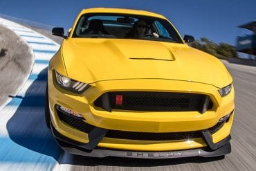 Video: 2016 Ford Mustang Shelby GT350R Hot Lap! - 2016 Best Driver's Car Contender