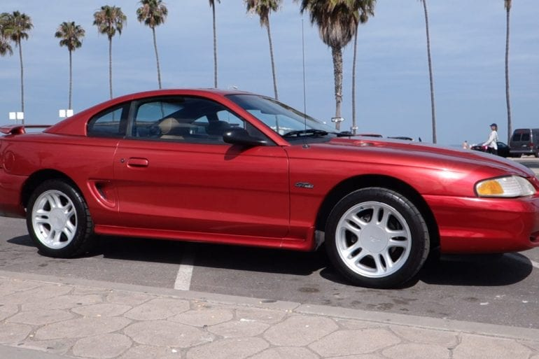 Video: Stock 1996 Ford Mustang GT Overview