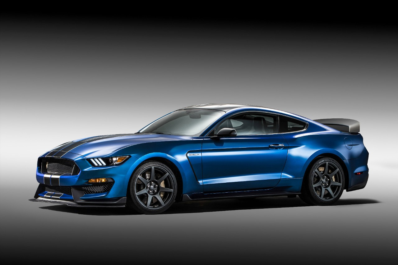 Blue 2015 Shelby GT350R Mustang